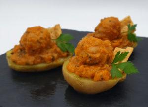 Albóndigas de pollo de La Abuela Marga con patatas asadas