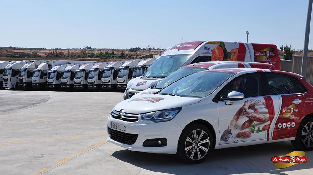 La flota aumenta, ahora nos será posible responder a la altísima demanda de productos cárnicos en España y llevar a tu casa nuestras delicias